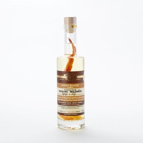 Dolenjski peklenšček - žganje s čiliji (100 ml, 350 ml ali 500 ml)
