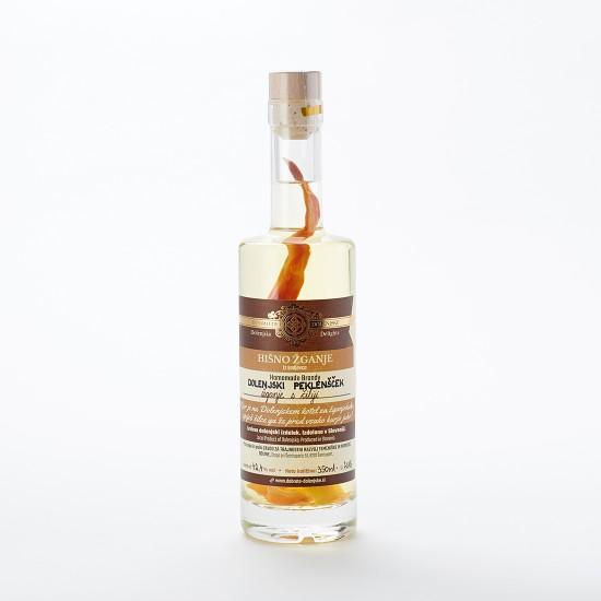 Dolenjski peklenšček - žganje s čiliji (100 ml, 350 ml ali 500 ml)-Žganje