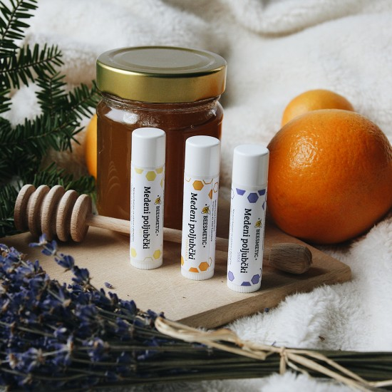 Medeni poljubček - balzam za ustnice (z medom, pomarančo ali sivko) 4,5 ml
